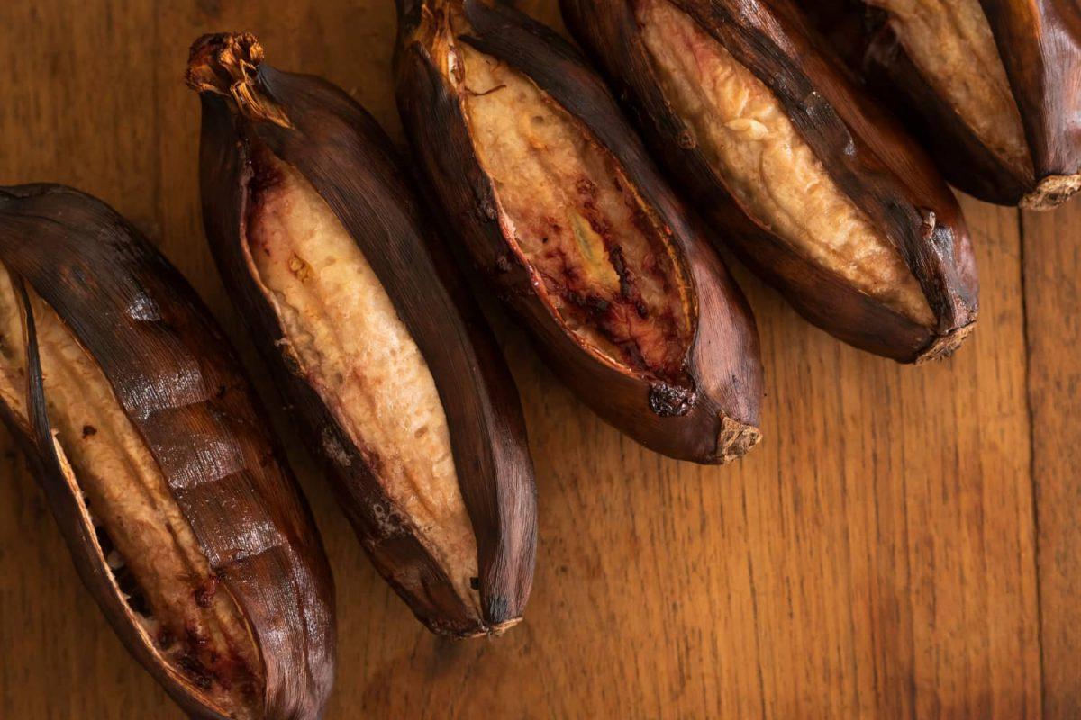 Banane grillen, gegrillte Banane