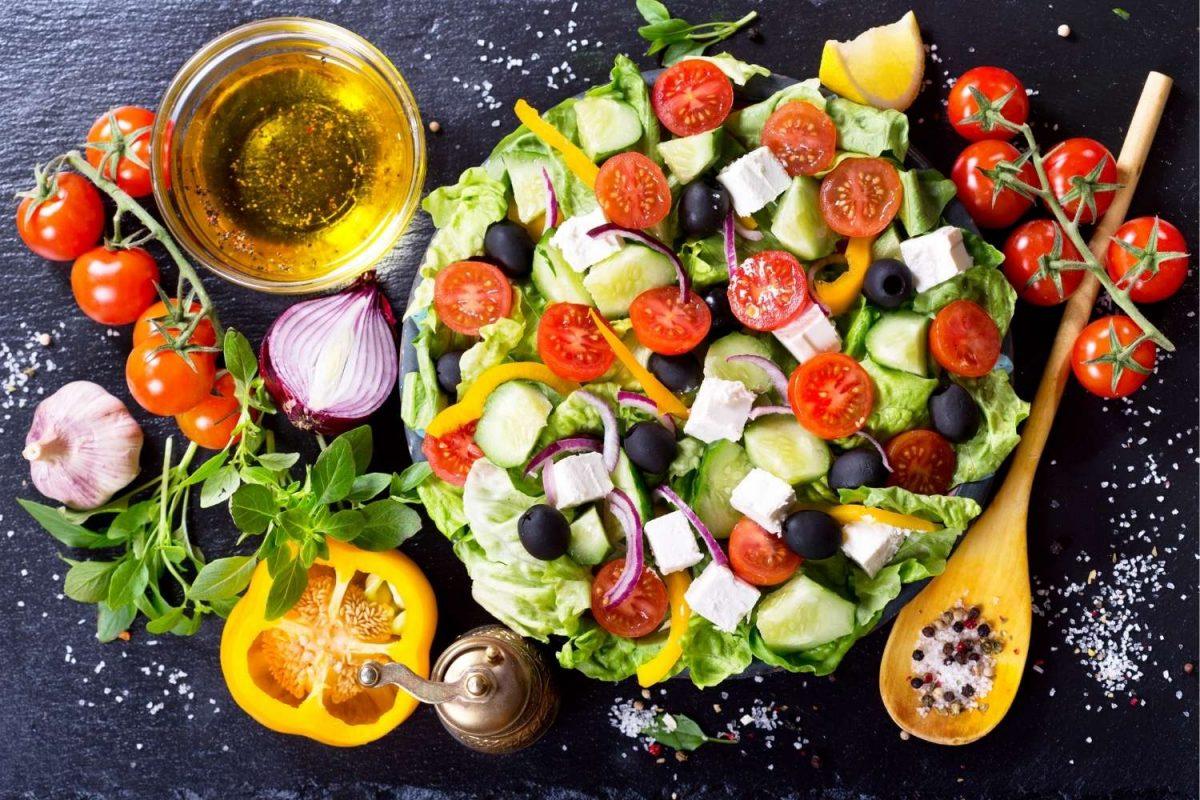12 einfache Salate zum Grillen